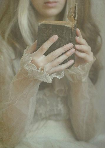 poezija-devojka-blacksheep