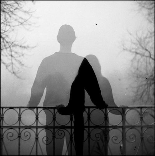 covjek-na-mostu-blacksheep.rs